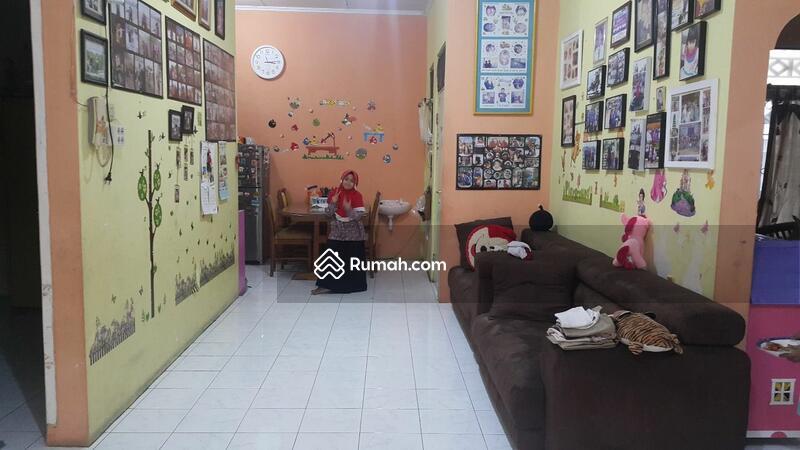 Rumah siap huni jual BU di bawah pasaran lokasi dekat kampus UI tanah baru beji depok #106083150