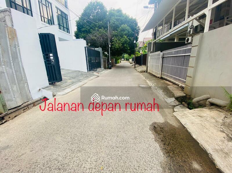 Rumah baru di Prapanca Jakarta Selatan #106126500