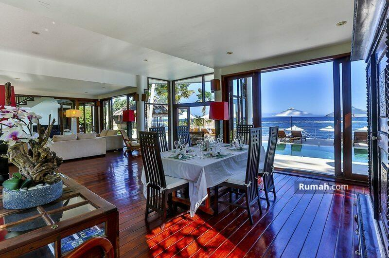 For sale luxury villa beach front at Candidasa - Bali #106129472