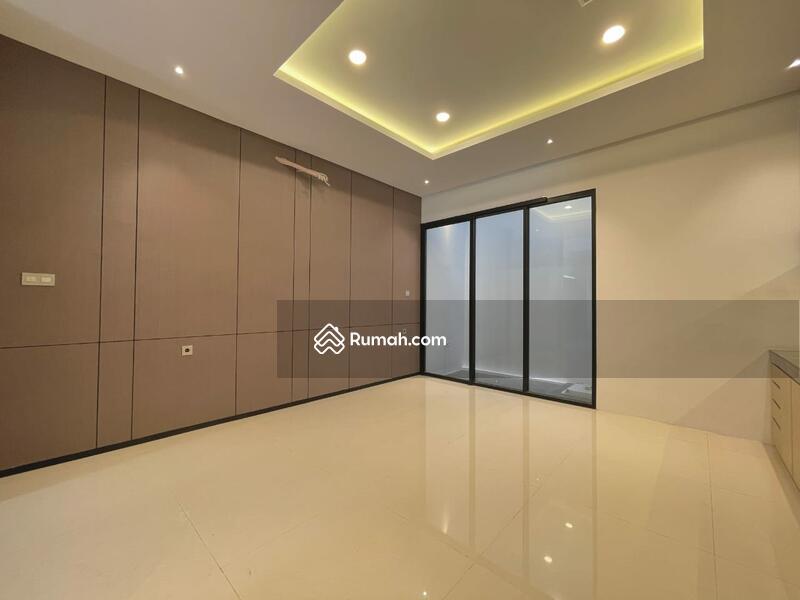 RUMAH BARU MODEL MINIMALIS MODERN MUARA KARANG #106165470