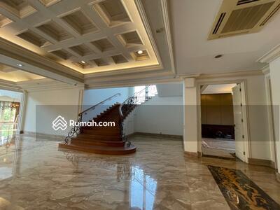 Dijual - Rumah Bukit Golf Pondok Indah LT 4260 m2 Dijual Rp 290 Milyar
