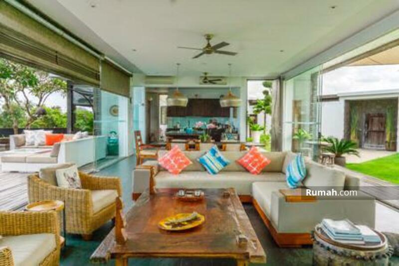 UPDATE : Re-open again!!  Beautiful Luxury Villa for Sale surrounded by Ricefield #106239602