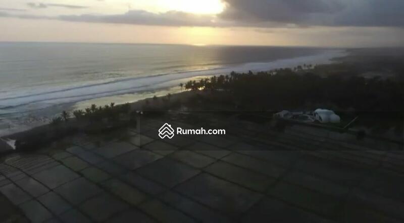 Tanah lost pantai pasut Tabanan #106251990
