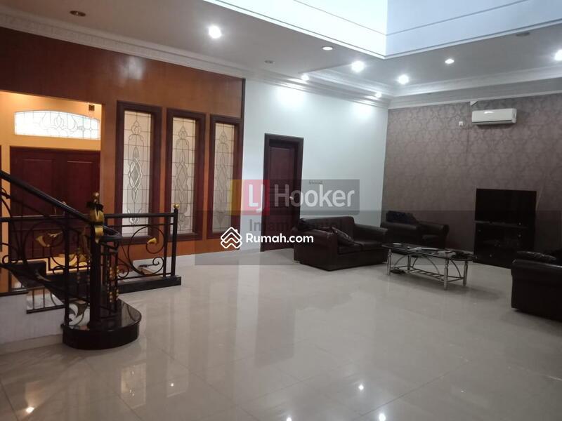 Sewa Rumah Siap Huni,Modern Minimalis dan Nyaman Jl. Seroja Semarang Tengah-5826 #106278902