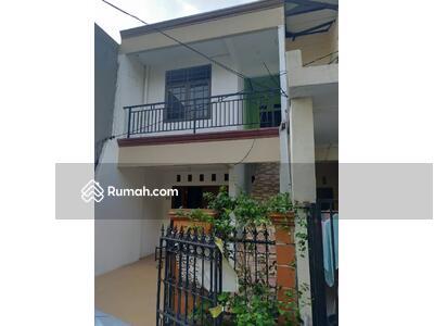 Dijual - Rumah 2 lantai di pondok kelapa