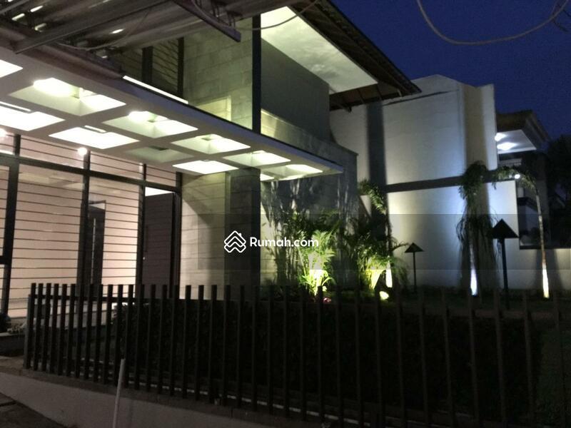 Rumah Minimalis Di Komplek Setra Duta Bandung Utara #106297082