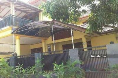 Dijual - Rumah Asri tanah luas di Petukangan Jakarta Selatan
