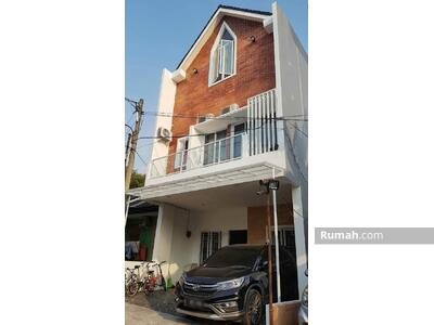 Dijual - Dijual Rumah Permanent 3 lantai dikawasan Serpong-Tangerang Selatan Rp.  1, 850, 000, 000 (nego)