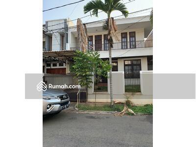 Disewa - Rumah di Jl. Niaga Hijau, Pondok Indah