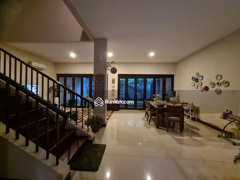 Dijual rumah nyaman di cluster asia tropis harapan indah, bekasi. #106388276