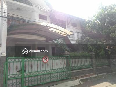Disewa - Murah rumah 2lt full furnish komplek di turangga dekat tsm