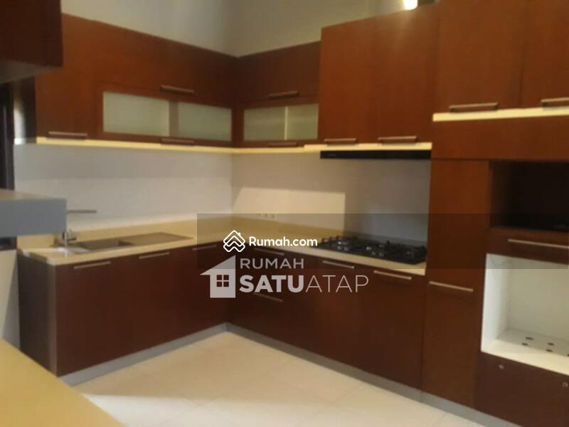 Rumah di Triloka Pancoran Seberang Hotel Bidakara - RSA062101 #106426588