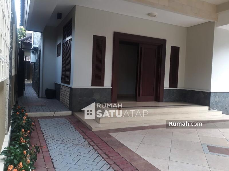 Rumah di Triloka Pancoran Seberang Hotel Bidakara - RSA062101 #106426592