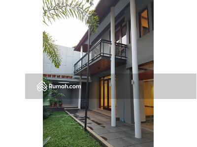 Dijual - Luxury Home at Setraduta