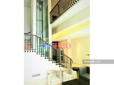 Dijual - Brand New-Harga Sesuai-Rumah Bagus-Mewah+Lift