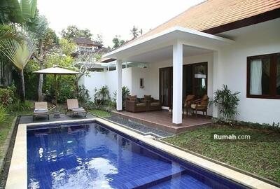 Dijual - For sale cute villa at Berawa Canggu - Bali