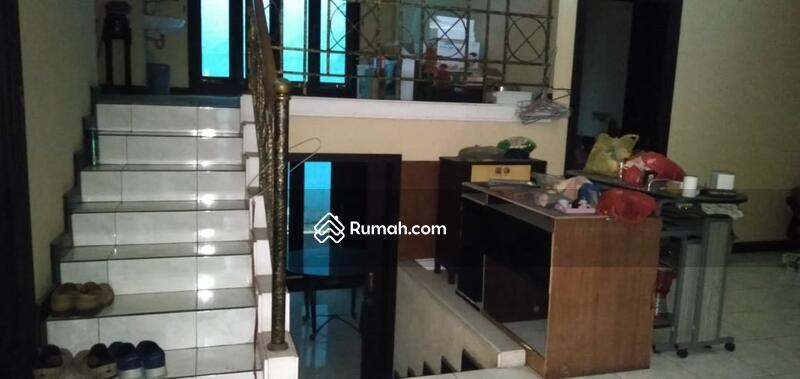 Dijual Rumah di Nginden Intan #106612502