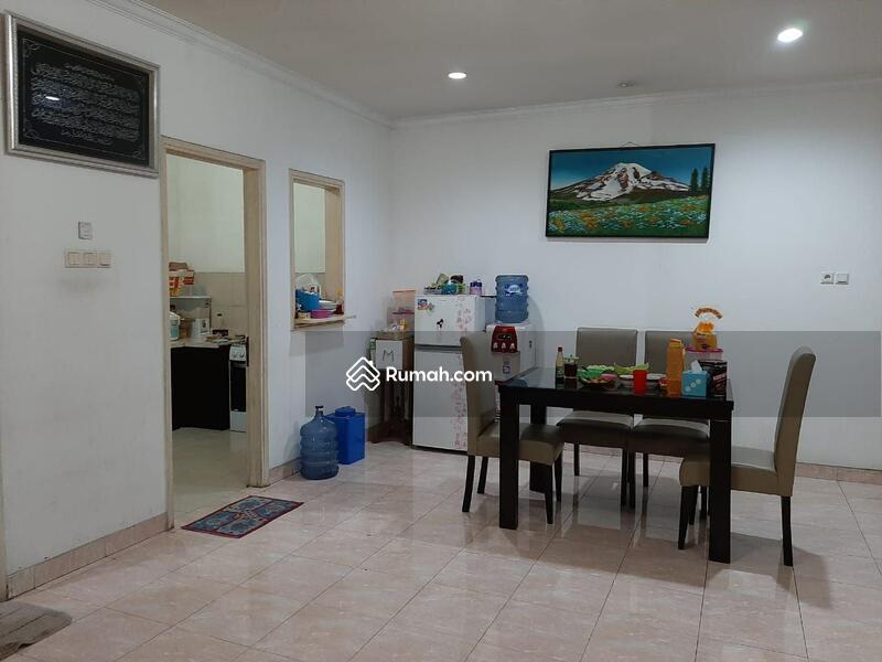 Dijual Rumah Second Siap huni Terawat di Raffles Hills Cibubur Bekasi #106651744