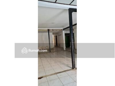 Disewa - FOR RENT : Rumah Tua Lokasi Strategi Tengah Kota di Jl Andir Cocok untuk Gudang