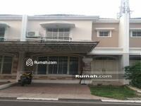 Disewa - Rumah Green Lake City Cluster West Europe 6x15, Cipondoh, Tangerang