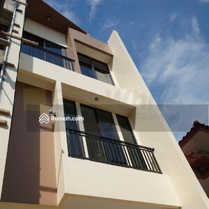 Dijual - Rumah Baru Cocok Milenial Tanjung Duren Selatan
