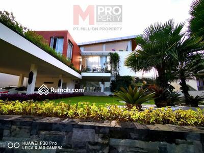 Dijual - Rumah Luxury View Golf . BUKIT GOLF HIJAU