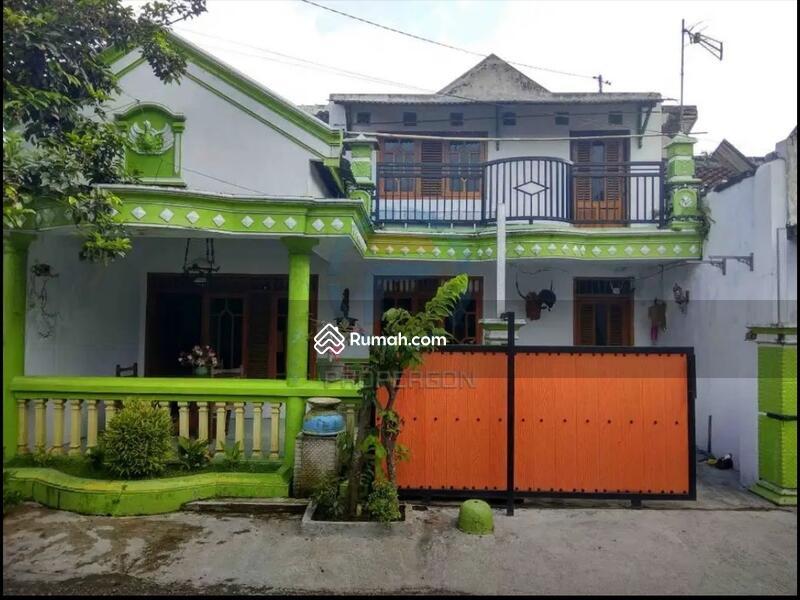 Rumah murah 2 lantai desain minimalis daerah perumahan sumbersari permai 1 kramat jember #106902596