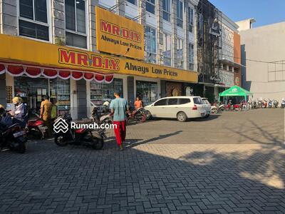 Dijual - Ruko untuk usaha di Cipondoh pinggir jalan