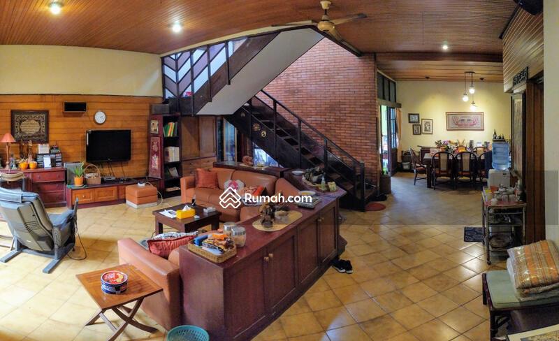 Dijual rumah bagus terawat di sukabumi selatan kebon jeruk jakarta barat #106954868