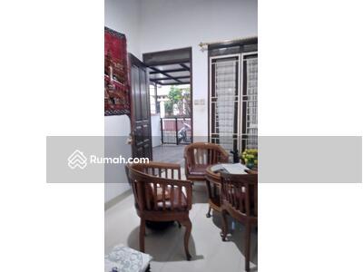 Dijual - Dijual rumah nyaman di Cisaranten Kulon