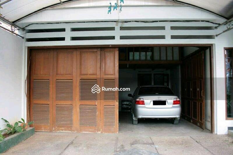Rumah Dijual DI Mampang Prapatan Jakarta Selatan Luas dan Nyaman #106969970