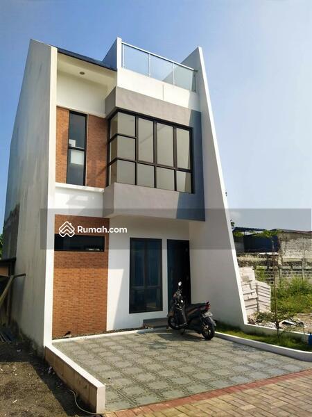 Modern House 2 Lantai di Beji Yg Low Budget Lokasi 8 Menit Ke Stasiun Pondok Cina #106985868