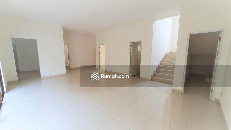 RECOMMENDED Rumah  mewah 2 lantai 198m 12x17m type4KT cluster Lantana JGC Jakarta Garden City #108911310
