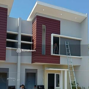 Dijual - Rumah mewah 2 lantai harga murah 4 kamar belakng polda sudiang makassar