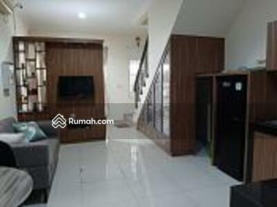 Disewa - Rumah Green Lake City West Europe 4x15 Furnished, Cipondoh, Tangerang