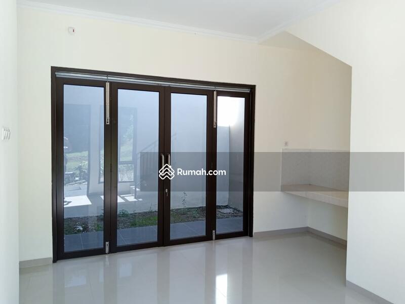 Rumah 2 lantai design minimalis modern dikota semarang #107232742