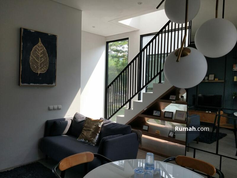 Rumah dekat stasiun parung panjang modern minimalis #107286506