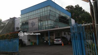 Disewa - Gedung Kantor strategis di Jl. Jemur Andayani