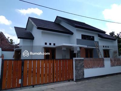 Dijual - Rumah Baru Cantik di Tajem Maguwoharjo