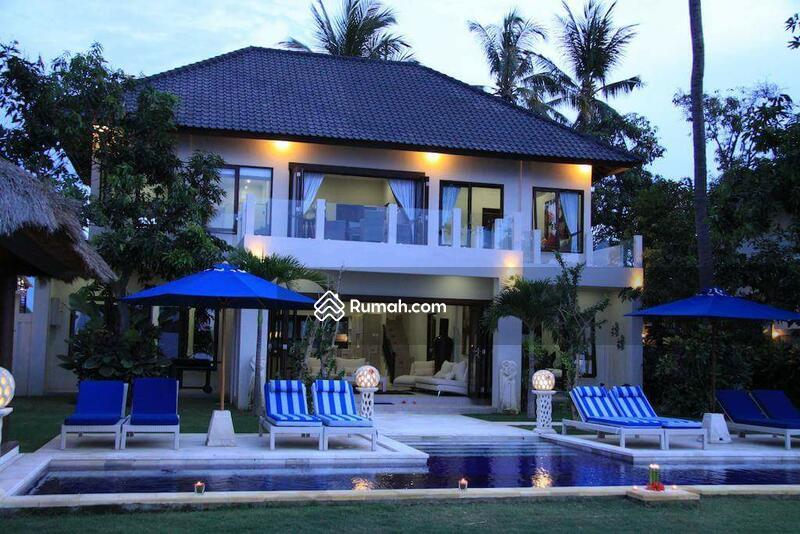 Villa sawan #107437826