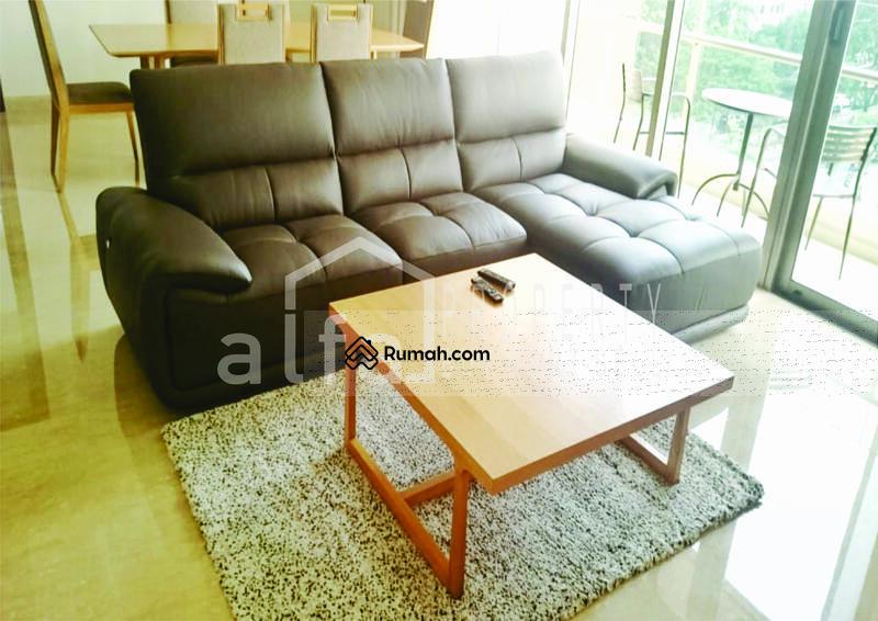 Disewakan Murah Apartemen Pakubuwono Spring 2 BR Luas 155 m2 Fully Furnished #107453566