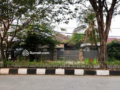 Dijual - Rumah dan Gudang Jalan Supriyadi, Semarang Timur
