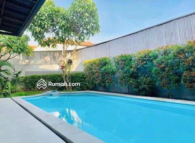 Dijual - Dijual Villa Modern di Kerobokan, Bali | EPT 929