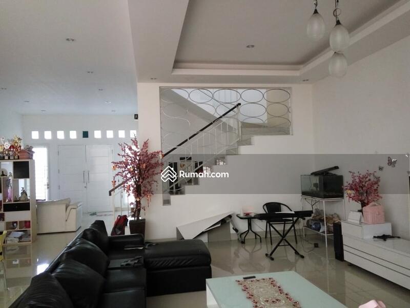 RECOMMENDED Rumah semi furnished 3 Lantai luas 12x24 285m Citra Garden Jakarta Barat #107595368