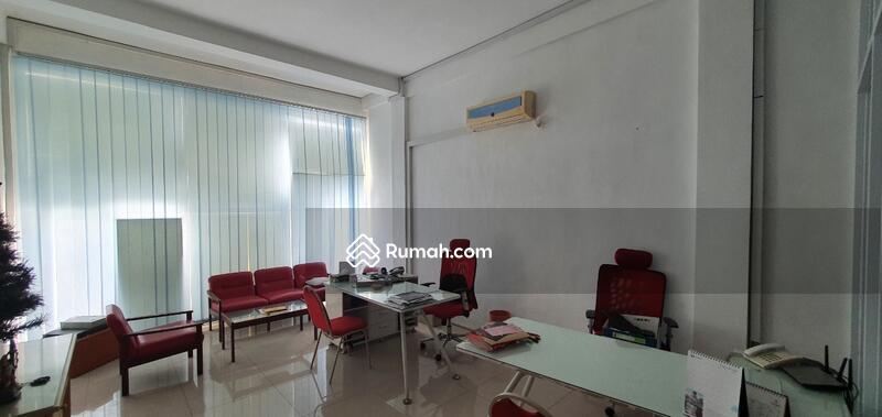 Dijual Ruko 4 Lantai di City Center Jl Prapanca #107638766