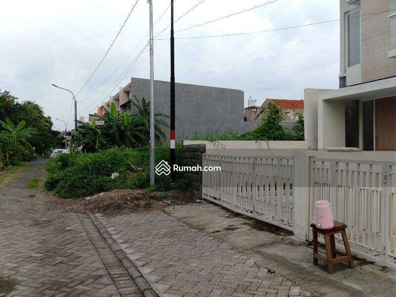 Dijual rumah baru siap huni di Rungkut Barata #107670676