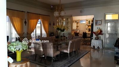 Dijual - DIjual Rumah di Kemang Selatan LT 3000 m2 LB 800 m2