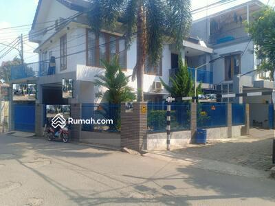 Dijual - Rumah Tanah Luas Hook Full Furnish Jual Murah Di Jatiwaringin