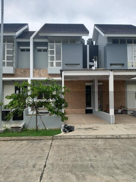 Dijual Rumah di Cluster Vasana Harapan Indah Bekasi #107692002