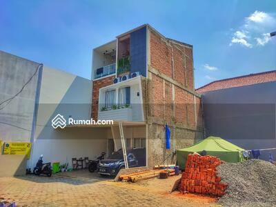 Dijual - Cluster Minimalis Interior Bisa di Konsep Industrial dekat RS Persahabatan Rawamangun